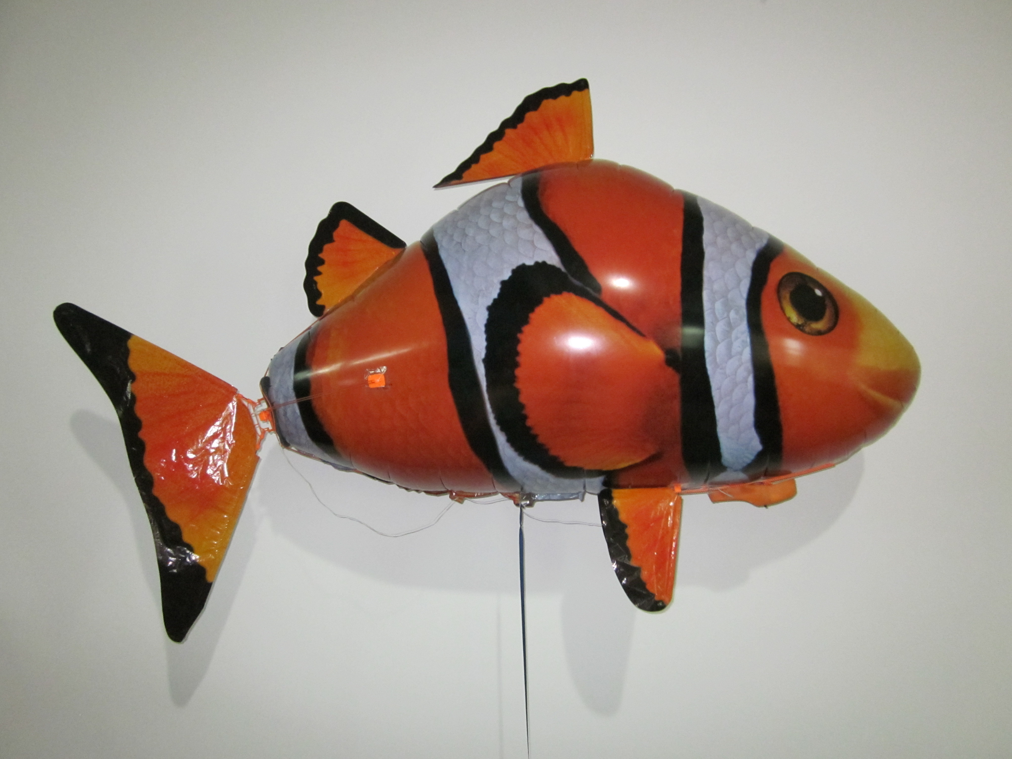 Remote Control Flying Clown Fish (Toy)